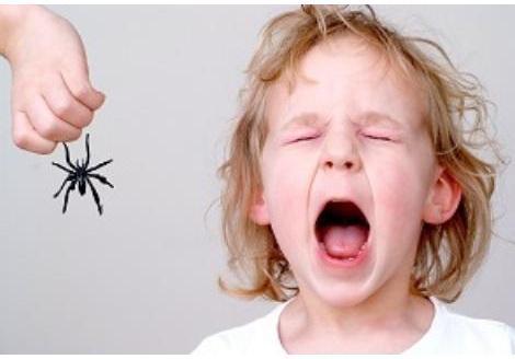 Centru de cursuri pentru parinti / parenting: De ce apare frica?